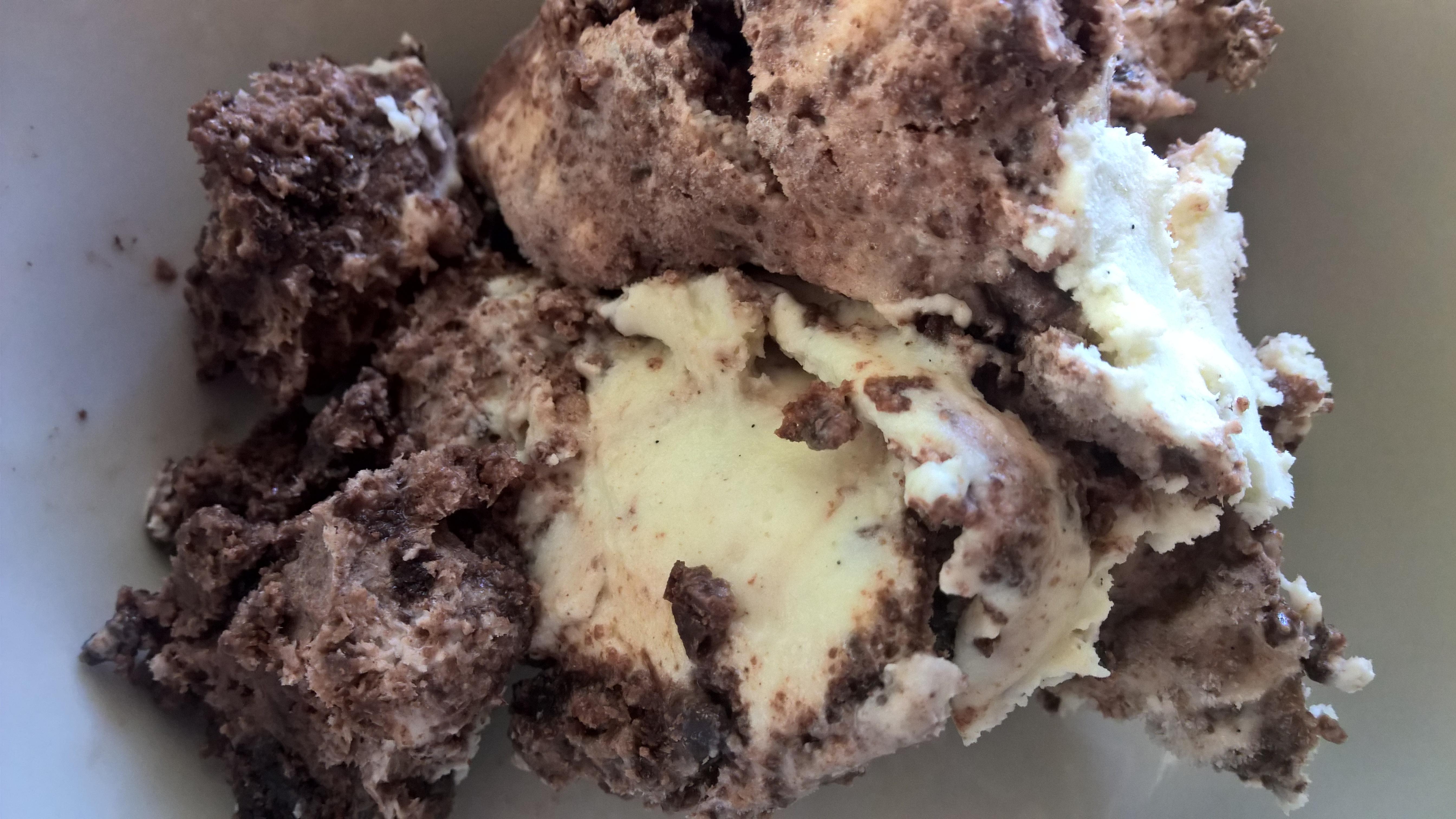 Zinfandel Brownie Swirl Ice Cream